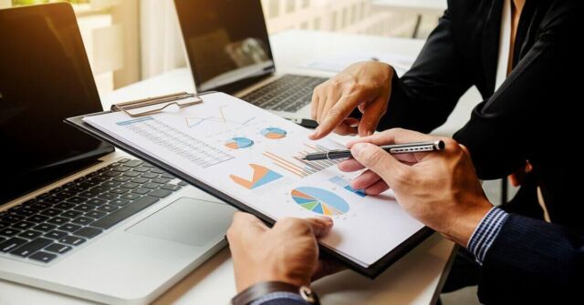 B2B Sales Metrics and KPIs